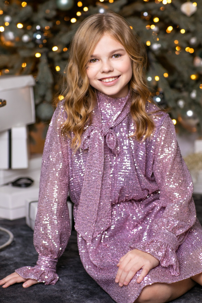 Платье из пайетки лиловое