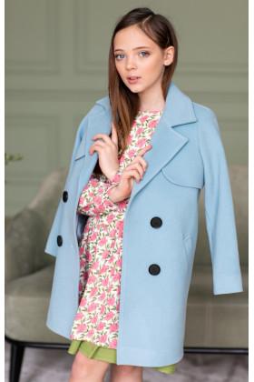 Пальто с кокеткой голубое